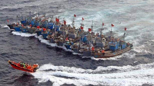 Thêm nghi vấn hải quân Trung Quốc giả ngư dân