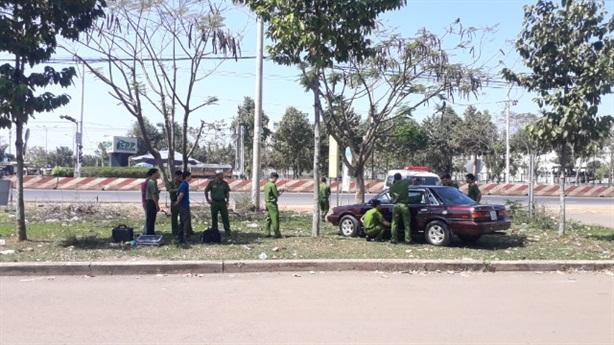 Cán bộ kiểm lâm nói gì vụ nghi ôtô bị cài mìn?