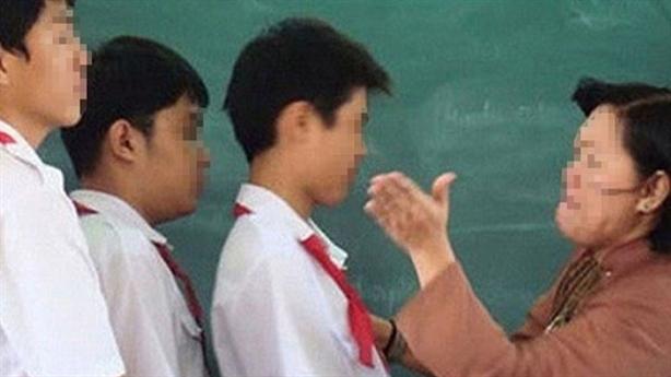 Cô giáo tiểu học bị tố bắt học sinh tát 50 cái