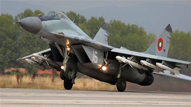 Bulgaria bỏ MiG-29 mua F-16 cũ