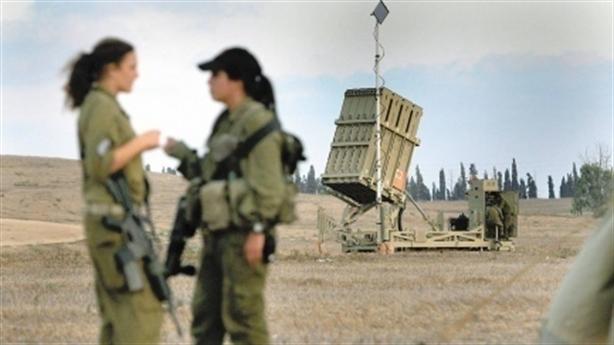 Israel tăng cường 'Vòm sắt' phòng Syria tấn công