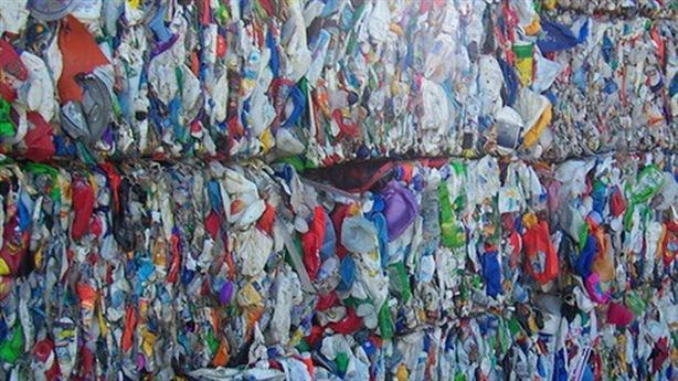 Thủ tướng trả lời về 18.800 container phế liệu tồn lưu