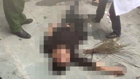 Trộm bó đào nhỏ, nam thanh niên bị đuổi đánh chết?