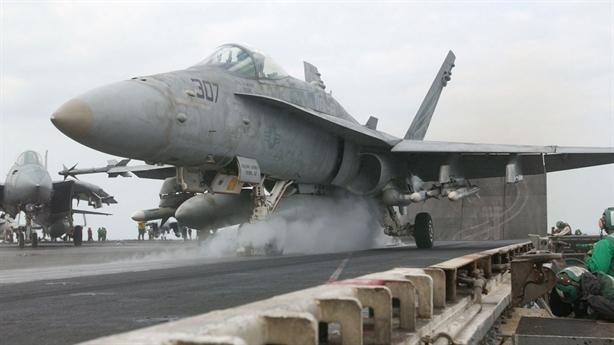 Quyết định khiến Mỹ thiếu máy bay tác chiến tại Trung Đông