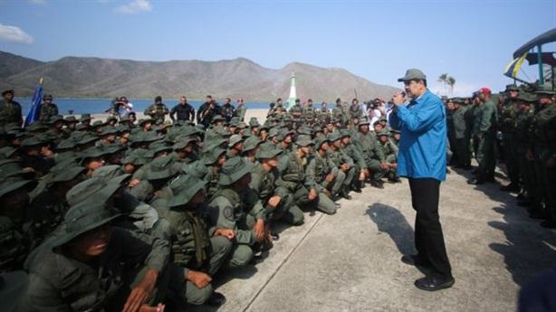 Vì sao ông Maduro cứng rắn dọa lại Mỹ?