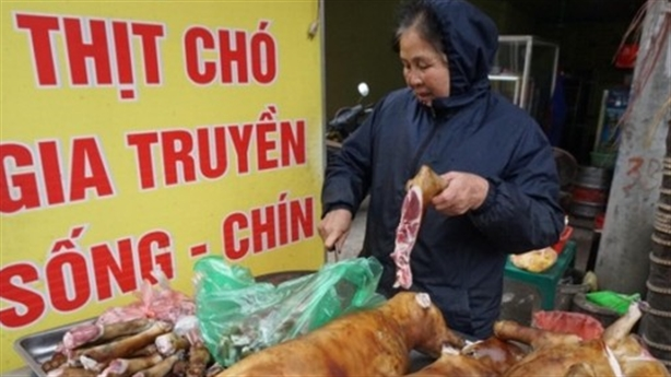 Làng ăn thịt chó dịp Tết lấy may: Đã bỏ được 80%