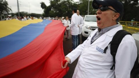 Mỹ tính gì với chiêu 'viện trợ nhân đạo Venezuela'?
