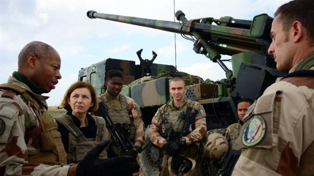 Pháp điều vũ khí cùng Mỹ chốt chặn huyết mạch nối Damascus-Baghdad