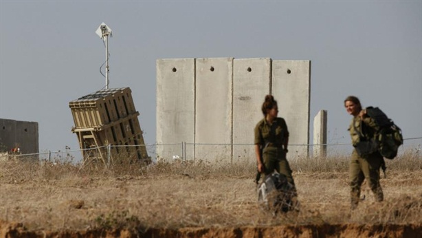 EW Nga khiến Iron Dome tại Syria bắn hết đạn