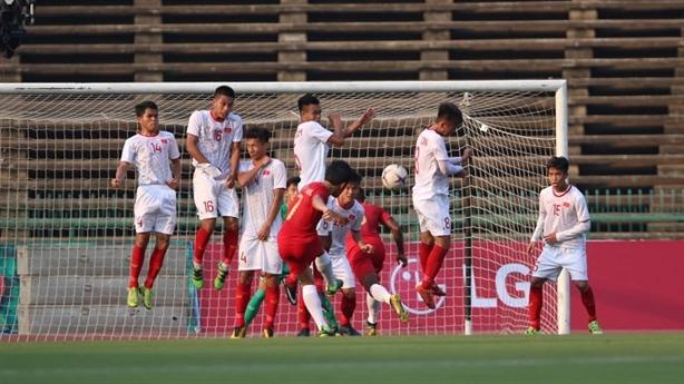 U22 Việt Nam thua Indonesia: Trận đấu xấu xí