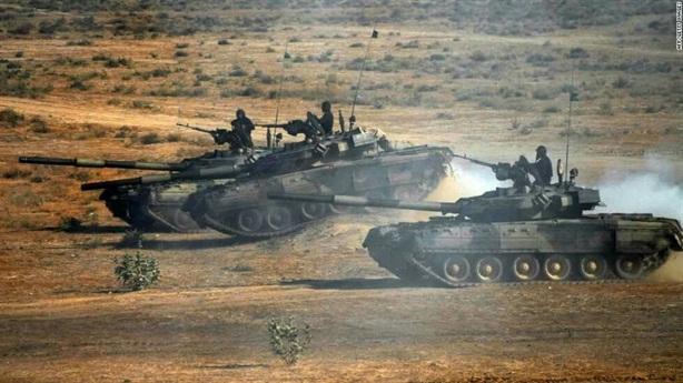 Tên lửa chống tăng số 1 Ấn Độ xuất hiện sát Pakistan