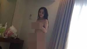 Bị tống tiền vì gửi clip 'nóng' cho bạn trai