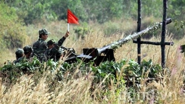 Vũ khí Việt Nam biết che mắt kẻ thù