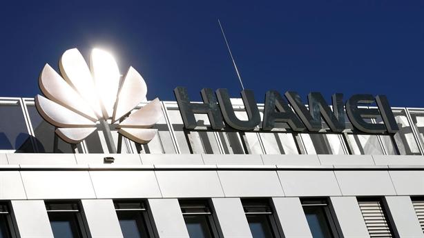 Đức không thoát nổi bóng Mỹ, cảnh báo Huawei