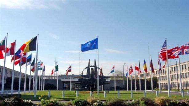 Tại sao NATO gửi 40 nghìn quân tới biên giới Nga?