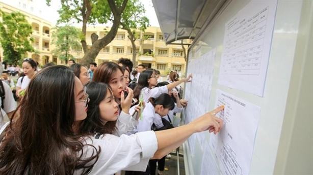 Sửa điểm thi ở Hòa Bình: Công khai có chọn lọc!
