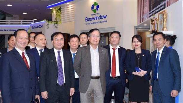 Eurowindow thu hút khách tham quan tại Viebuild Hà Nội 2019