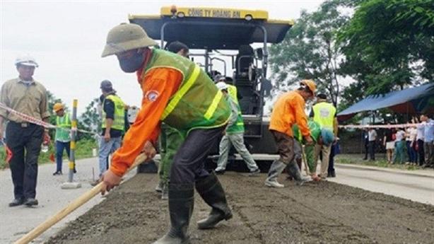 Có nên bỏ Quỹ bảo trì đường bộ?