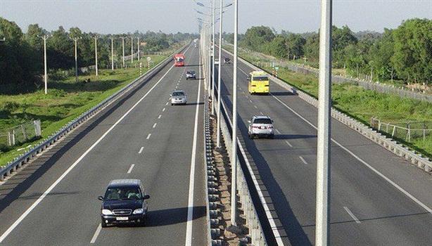 Chậm nhất tháng 6/2019 khởi công 3 dự án cao tốc Bắc-Nam