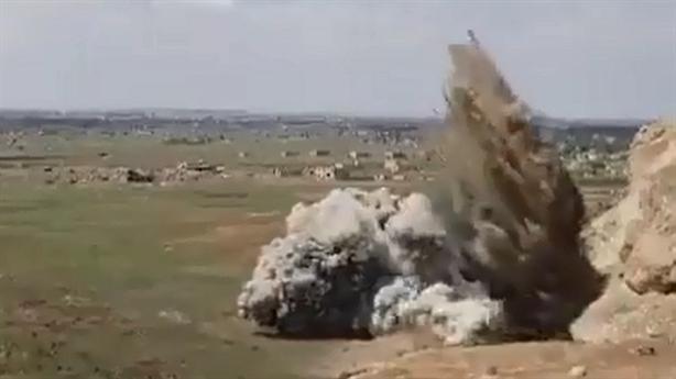 Mỹ bất ngờ dùng bom phá hầm ngầm tại Deir Ezzor