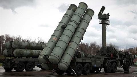 Nga xuất khẩu vũ khí kỷ lục bất chấp 'đòn hiểm' Mỹ