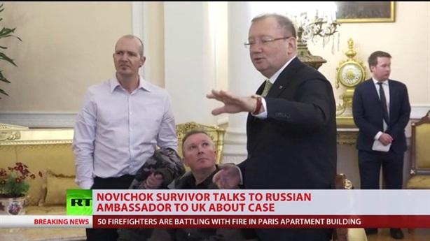 Nạn nhân Novichok tiếp tục tìm đến Đại sứ Nga cầu cứu