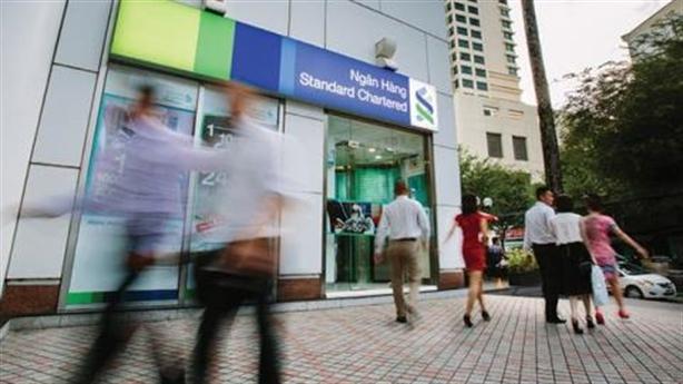 Tái cơ cấu ngân hàng yếu kém: Chọn vốn nội hay ngoại?