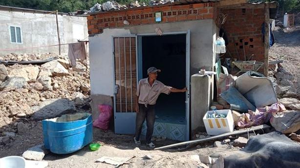 Khánh Hòa thừa nhận tràn lan xây nhà trái phép