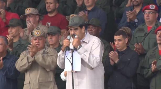 Tăng thêm 1 triệu dân quân: Venezuela đáp trả nóng Mỹ