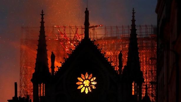 Nostradamus đã tiên đoán trước thảm họa của Nhà thờ Đức Bà