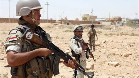 Syria đánh lớn IS sát căn cứ Mỹ: Iraq nhắc khéo
