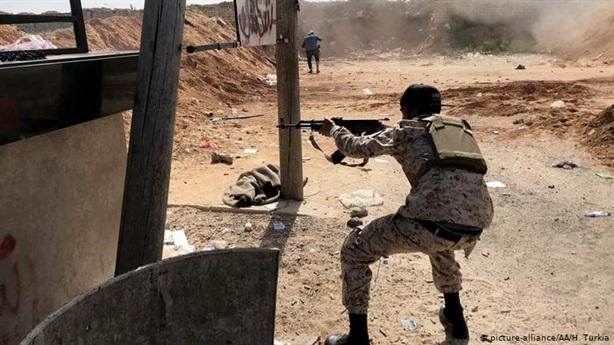 Libya đóng cửa sân bay sau khi GNA phản công