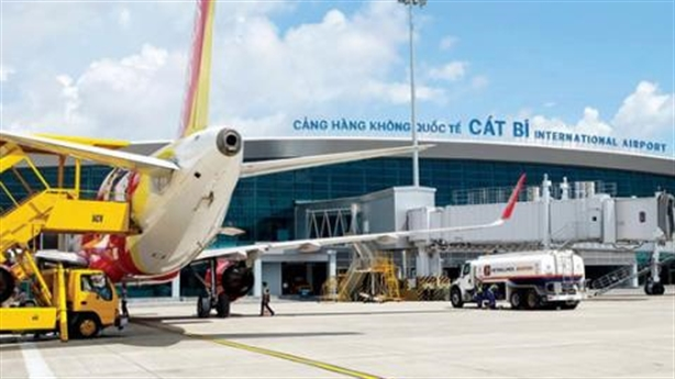 Máy bay hỏng ở Cát Bi, mất an toàn hàng không