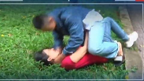 Thiếu niên bóp cổ bạn gái trong quán càphê: Muốn chia tay?