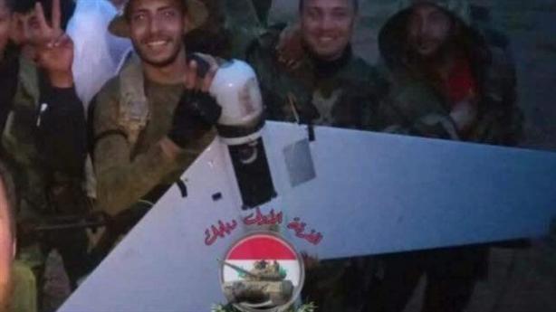 Mỹ áp chế điện tử khiến UAV Nga rơi tại Deir ez-Zor?