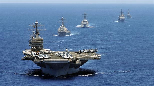 Chuyên gia Anh: Tàu sân bay Mỹ thành mục tiêu của Iran