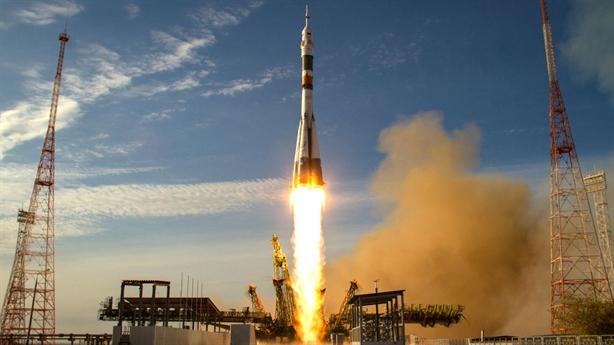 Mỹ sẽ đưa phi hành gia NASA lên ISS bằng tàu Soyuz