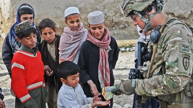 Mỹ lại cắt viện trợ an ninh, Afghanistan ngày càng kiệt quệ