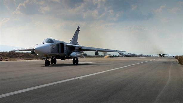 Bảo vệ căn cứ không quân, Nga dồn dập không kích Idlib