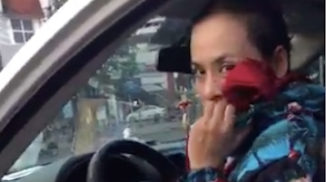 Người phụ nữ siết cổ chủ nợ: Dọa đâm kim tiêm HIV