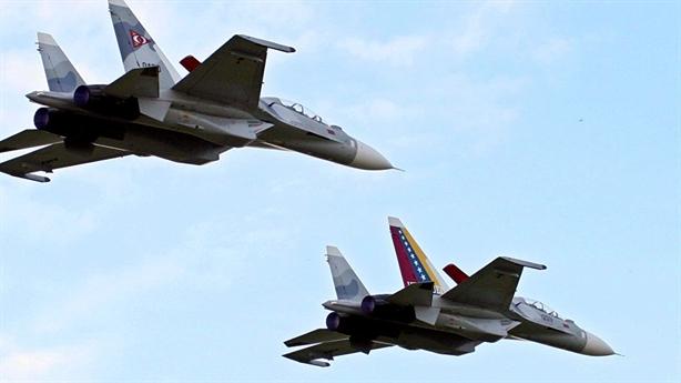 Mua máy bay Nga, Venezuela đề phòng Mỹ mượn tay Juan Guaido