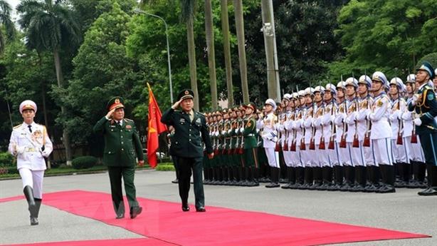 Bộ trưởng Quốc phòng Việt-Trung hội đàm: Kiên trì gỡ vướng mắc