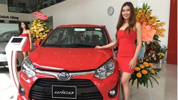 Ô tô ASEAN giá rẻ tràn về: Showroom xe cũ ung dung