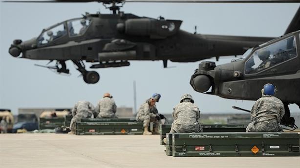 Mỹ biến Apache thành trực thăng trên hạm