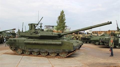 Nga nhận 400 thiết giáp mới, bao gồm cả T-90M đầu tiên