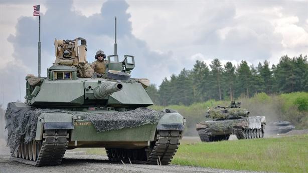 Đài Loan mua 2tỷ USD vũ khí Mỹ: Trung Quốc nổi giận