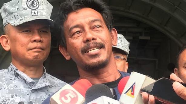 Vụ tàu Philippines bị đâm chìm: Tàu Việt Nam giúp thế nào?