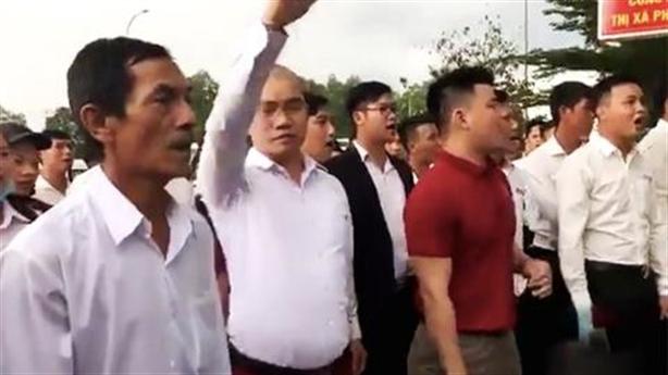 Lãnh đạo địa ốc Alibaba bị điều tra vẫn gây náo loạn