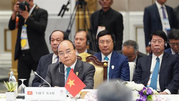 Ưu tiên hàng đầu của ASEAN là củng cố đoàn kết