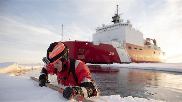 Mỹ lập căn cứ quân sự Bắc Cực: Chống Nga quá muộn